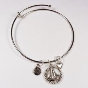 NAUTICAL SAILBOAT AND HEART BOATING BRACELET